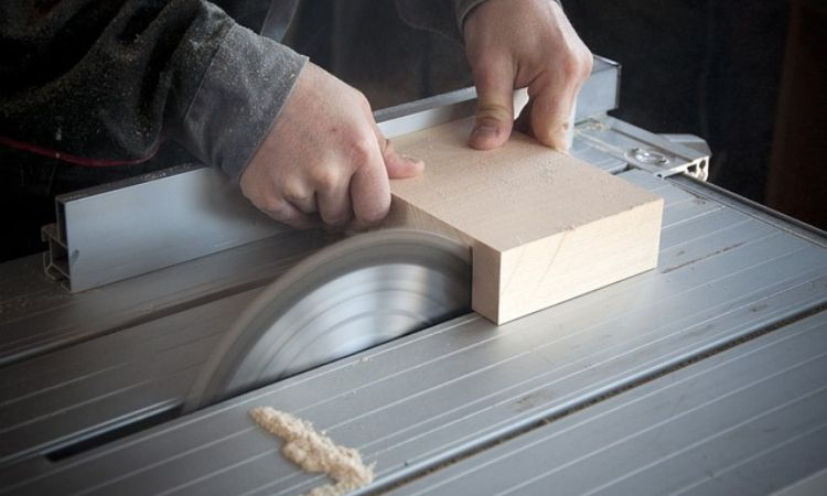 how to start woodworking business guide