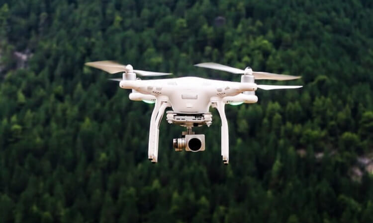 here are 4 excellent ways to make money with a drone